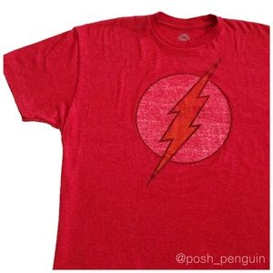 ⬇️12 DC Comics The Flash Graphic Tee